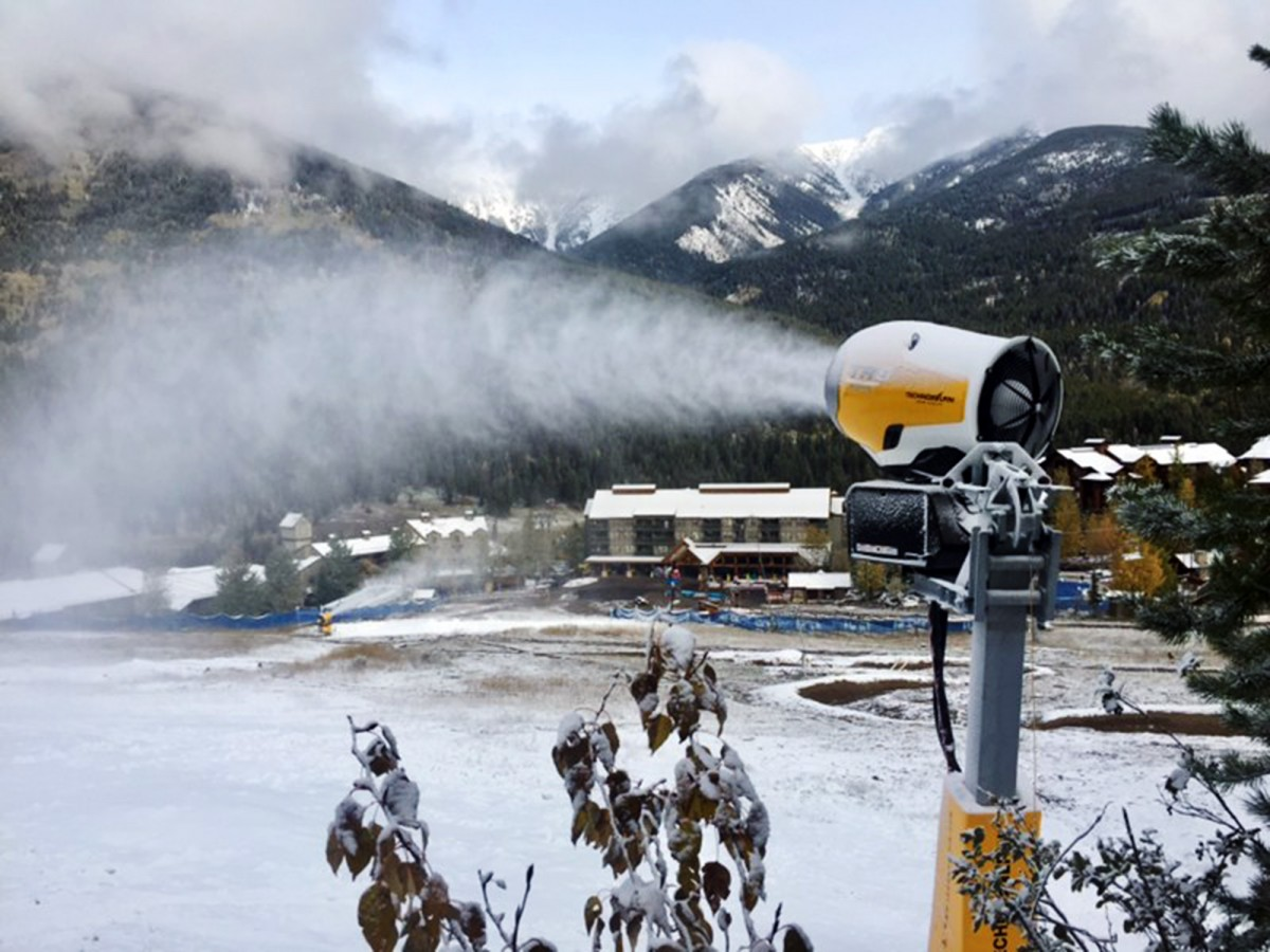 Snowmaking on Show Off
